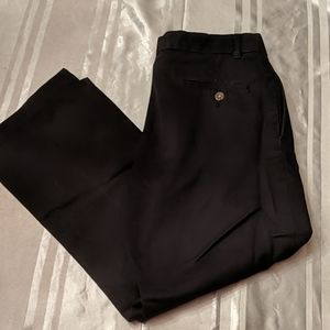 Izod Black Pleated Straight Leg Twill Pants Sz 18